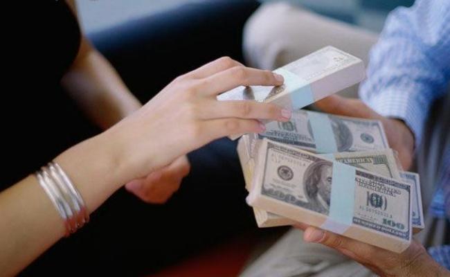 занять денег в долг срочно